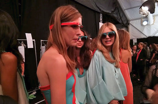 Google Glass se pasea con estilo por la New York Fashion Week