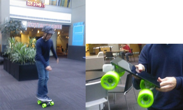Microsoft transforma el Surface en un patinete... y se dan un paseo con l