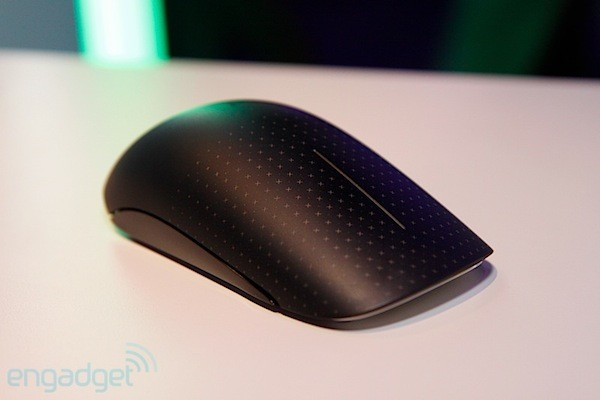 Microsoft Touch Mouse se actualiza para soportar los gestos multitctiles de Windows 8