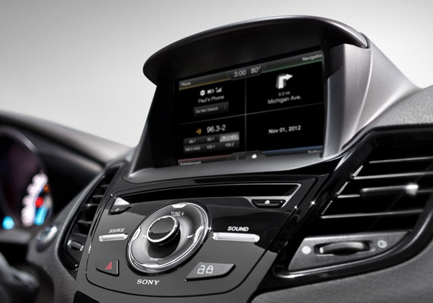 Ford abrir su plataforma SYNC AppLink a otros fabricantes para convertirla en 