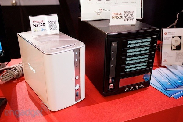 Nuevos NAS Thecus N2520 y N4520 con Intel Atom 5315 de cerca