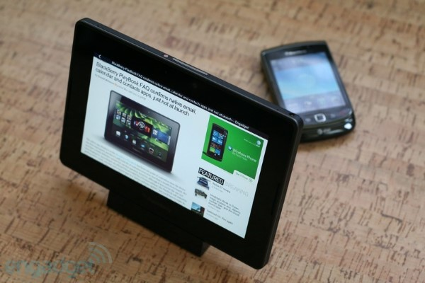 Lanzar BlackBerry su propio PadFone? Thorsten Heins as lo sugiere