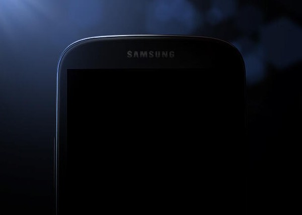 La primera foto oficial del Samsung Galaxy S IV nos deja... totalmente a oscuras