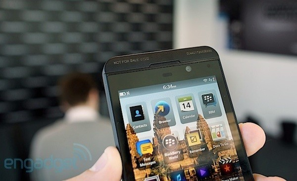 Una preview de BlackBerry 10.1 nos descubre video en HDR y mensajes Pin-to-Pin en el Hub