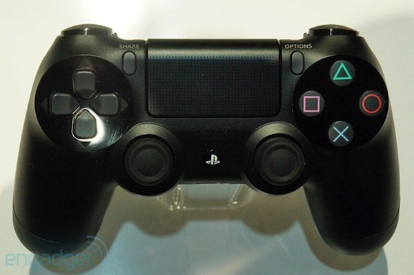 El botn 'compartir' del DualShock 4 fue idea de un desarrollador de Sony Santa Monica