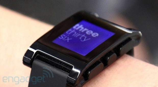 PebbleOS 1.1 aterriza en tu mueca con relojes personalizados y mejoras para iOS