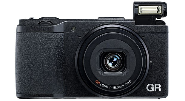 Ricoh GR, una compacta con sensor APS-C de 16 megapxeles