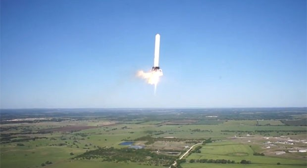 El cohete Grasshopper VTOL de SpaceX triplica sus registros alcanzando los 250 metros en el lanzamiento (vdeo) 