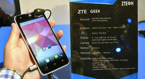 ZTE Geek llega con Intel Clover Trail+ a 2 GHz latiendo en su interior (en vídeo)