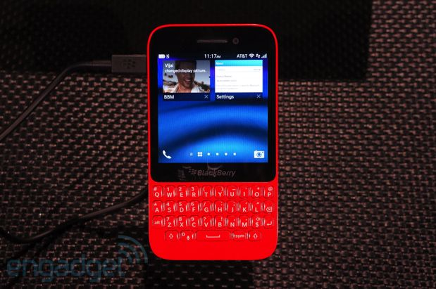 Un vistazo ms de cerca al BlackBerry Q5, el BB10 de bajo coste