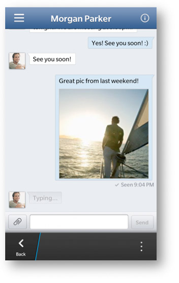 Facebook actualiza su app para BlackBerry 10 e incorpora el chat