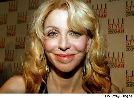 Love Canal Pictures on Courtney Love Comparte Tutoriales Para Maquillarse A Trav  S De