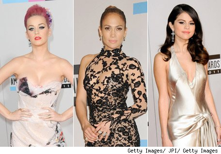 Katy Perry, Jennifer Lopez, Selena Gomez - Moda en los American Music Awards