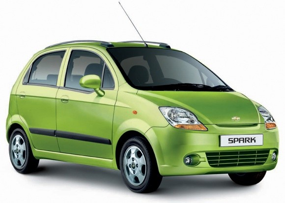 lpg fueled chevy spark launched in india