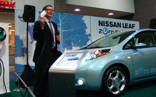 nissan leaf mark perry