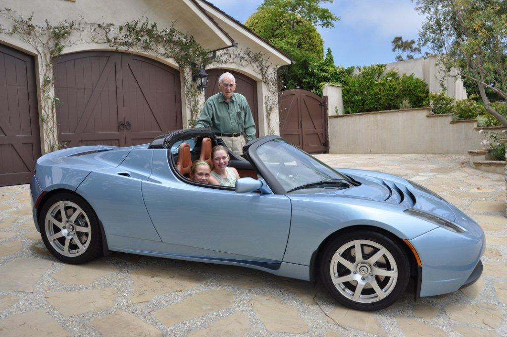 98-year-old Howard Dunholter\'s Tesla Roadster Photo Gallery - Autoblog