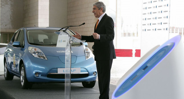 Socrates and the Nissan Leaf