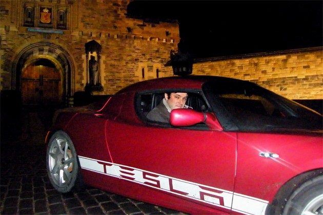 tesla roadster edinburgh castle