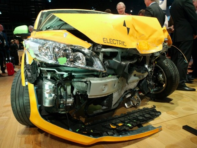 Crashed Volvo C30 Electric