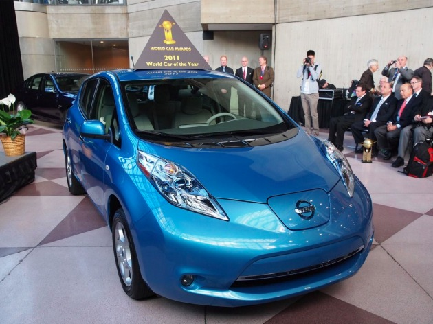 2011 Nissan Leaf Named World Car Of The Year Volt Wins Green COTY