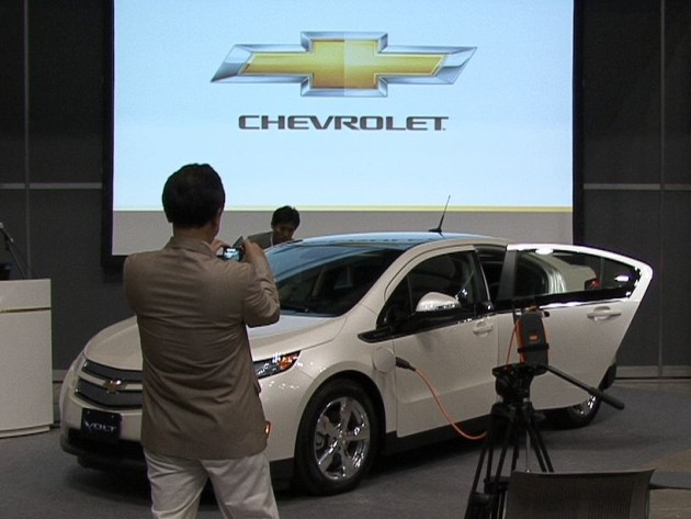 Chevy Volt debuts in Japan