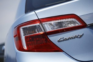 2012 Toyota Camry Hybrid taillights