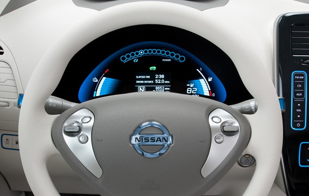Nissan Leaf Instrument Panel
