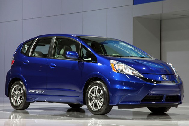 Honda Fit EV rated at 118 MPGe with 82-mile range by EPA ...
