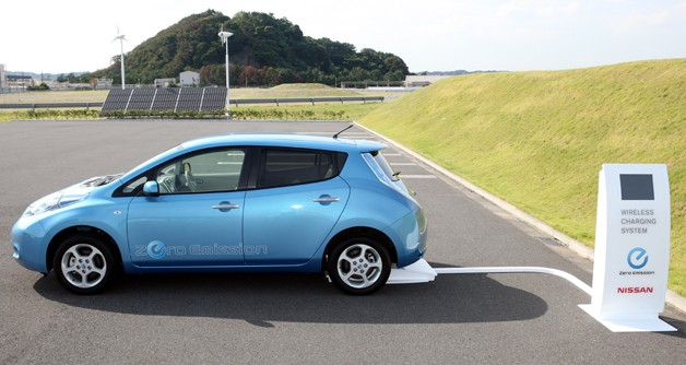 Nissan Leaf charging with Nissan's wireless charging system