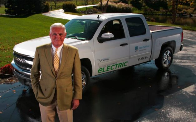 bob lutz via motors plug-in hybrid truck
