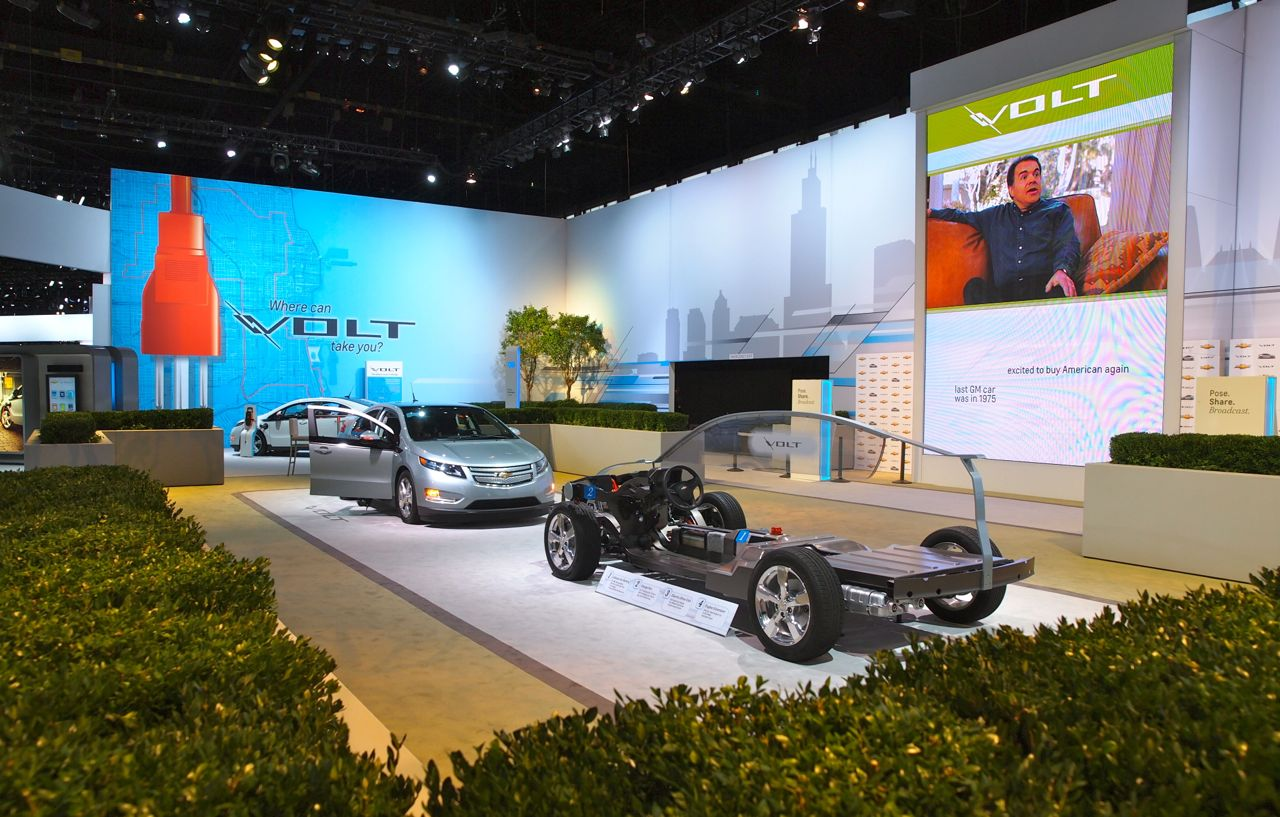 Chevy Goes Big With Volt Theme At Chicago Auto Show Booth - Car show booth