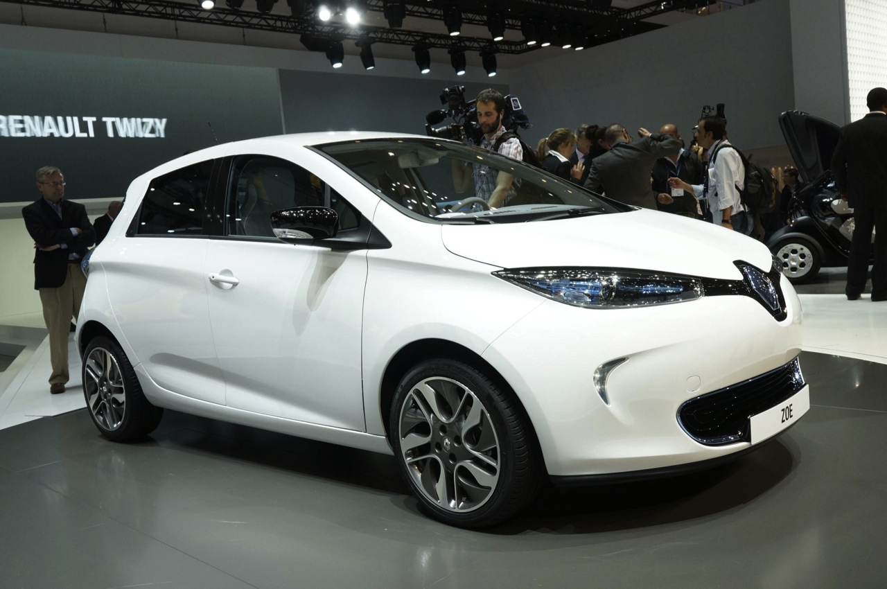 Best Gas Prices >> Renault Zoe shows its low-cost, all-electric face - Autoblog