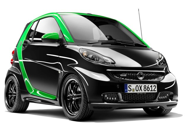 Smart Brabus Electric ForTwo front three-quarter view