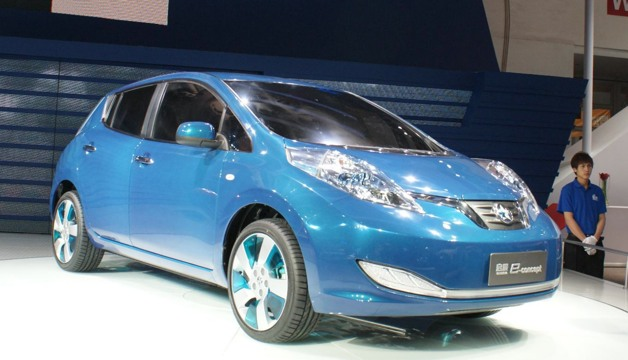 Venucia EV Concept (Nissan Leaf)