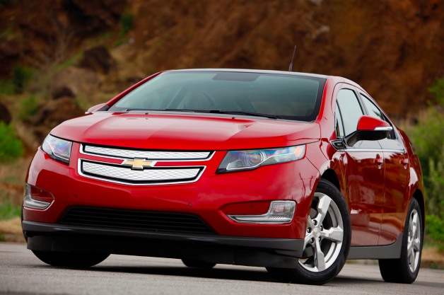 2011 Chevy Volt red