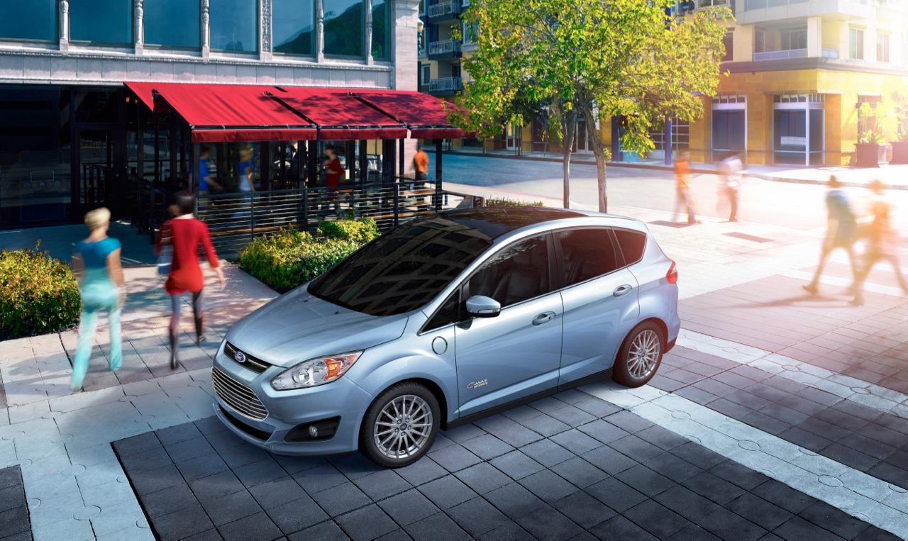 ford c max energi plug in hybrid priced at 29 995 after tax credit autoblog. Black Bedroom Furniture Sets. Home Design Ideas