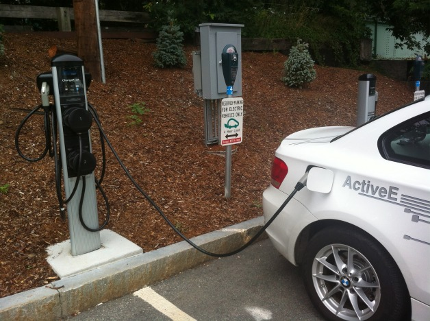 BMW i electric vehicle charging