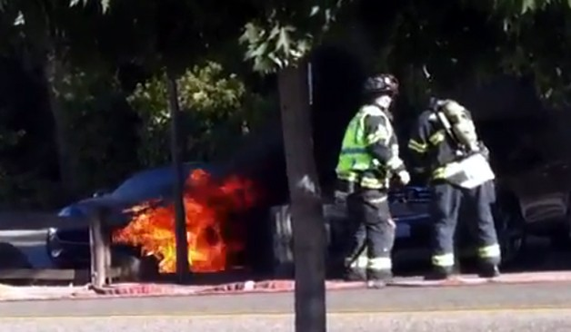 Fisker Karma on fire