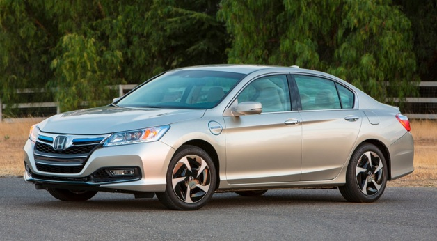 2014 honda accord plug in hybrid sedan offers 10 15 miles. Black Bedroom Furniture Sets. Home Design Ideas
