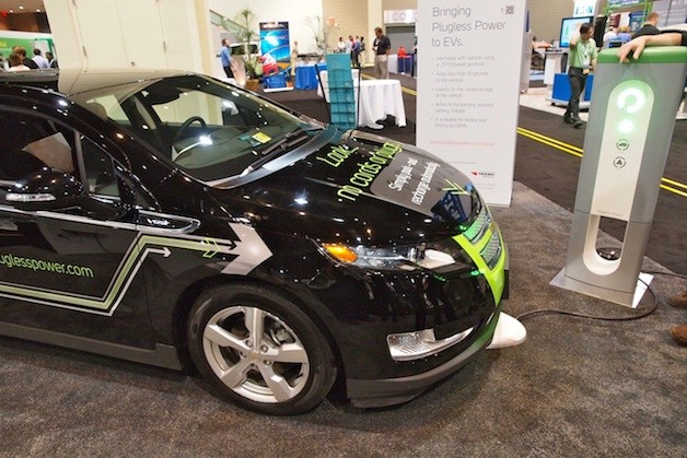 Evatran's Plugless Power EV chargers