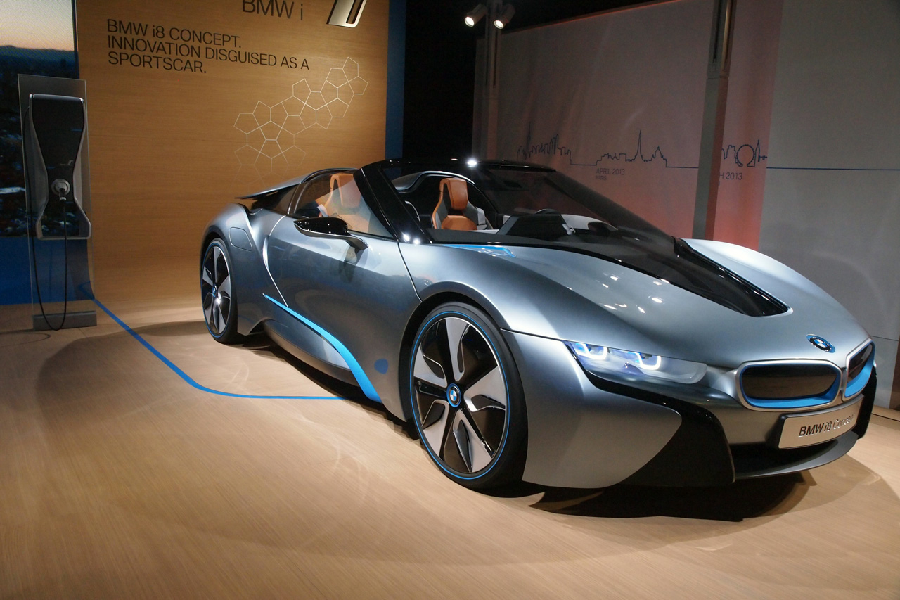 bmw i born electric tour stop in nyc i3 photo gallery autoblog. Black Bedroom Furniture Sets. Home Design Ideas
