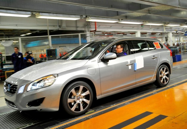 Volvo V60 Plug-In Hybrid Production