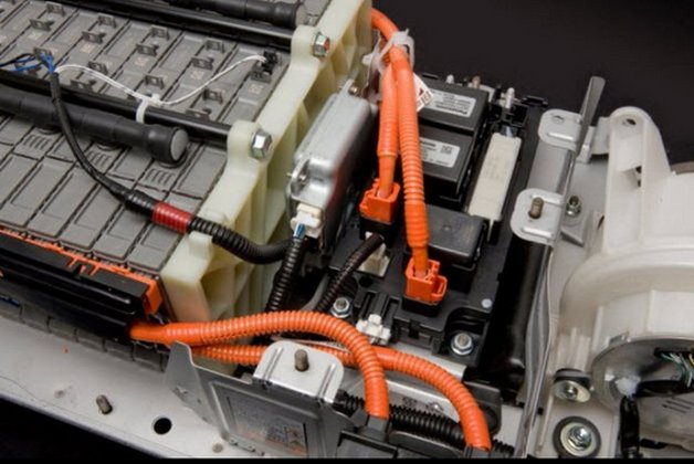 How Often To Replace Battery In Hybrid Car