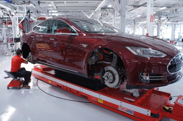 Tesla Model S assembly