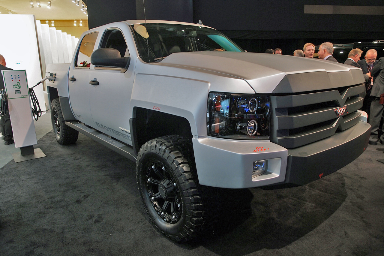 Bob Lutz Approved Via X Truck Offers 800 Hp 100 Mpge