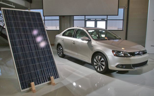 vw jetta hybrid with solar panel