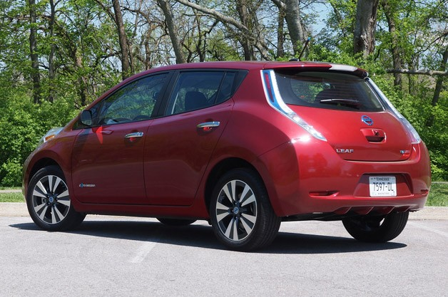 2013 Nissan Leaf rear 3/4 view