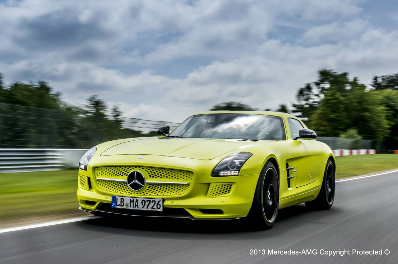 Mercedes benz sls amg electric drive breaks nurburgring ev for Mercedes benz sls amg electric drive price