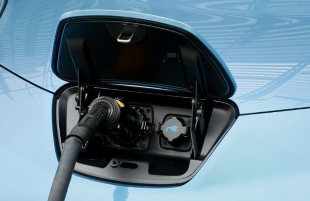 Nissan Leaf gets charged up