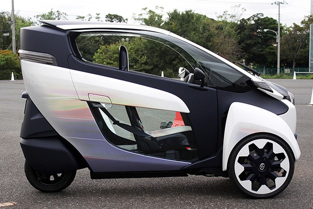 Toyota Iroad Price >> Testing Toyota's three-wheel, leaning i-Road trike in Japan - Autoblog